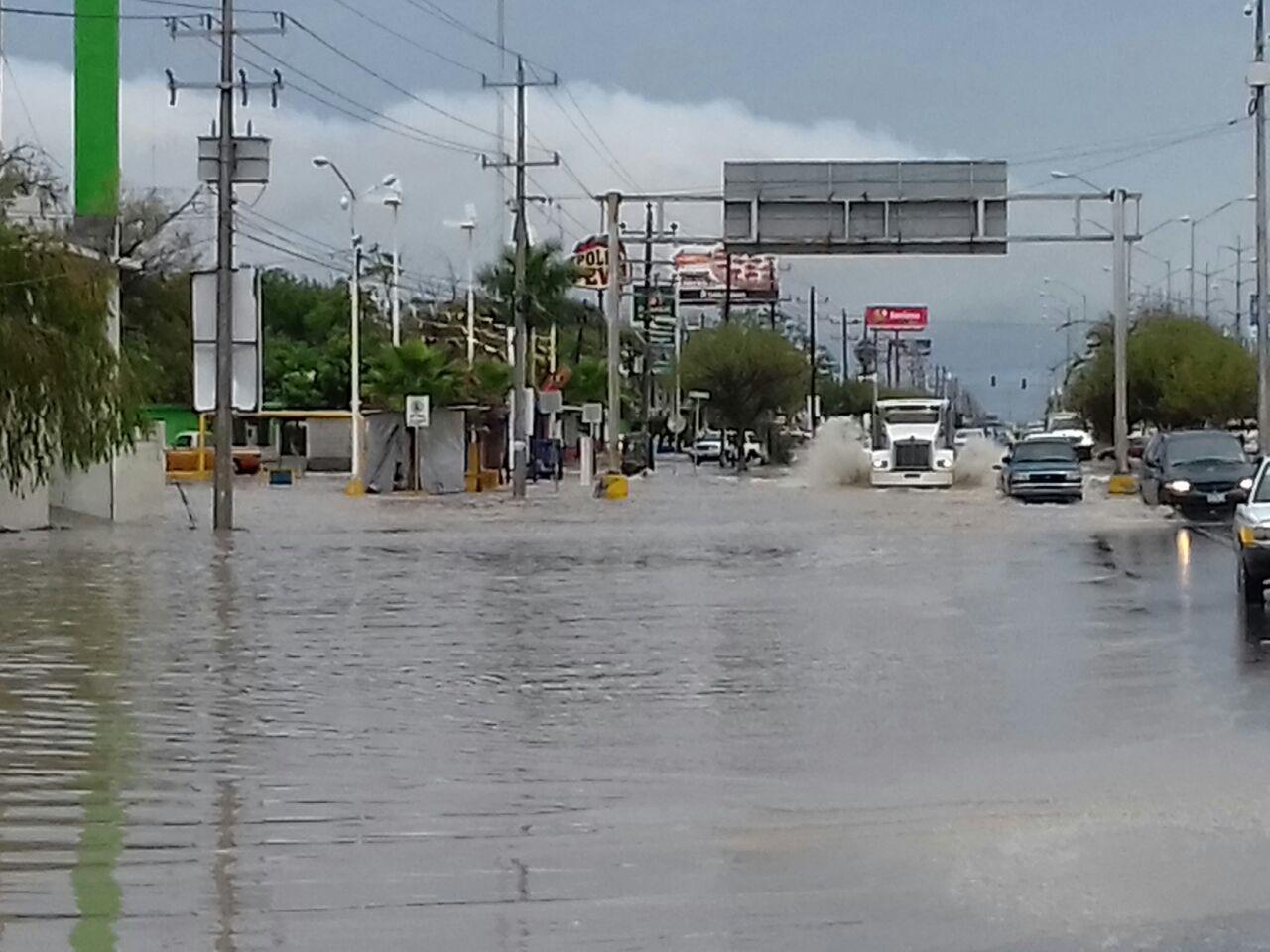 Frente a la colonia Benito Juárez.