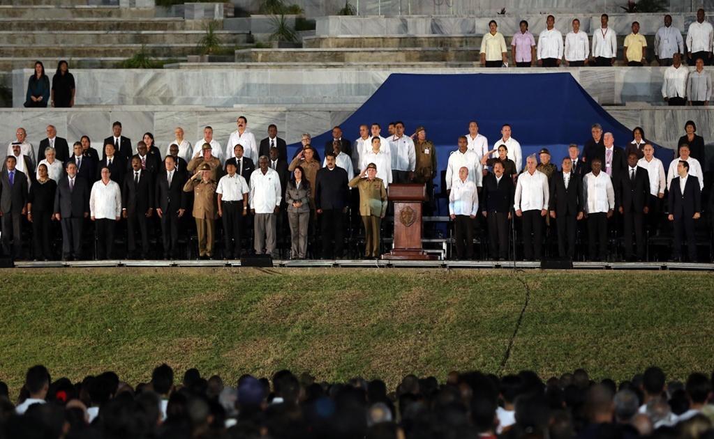 Entre los asistentes están los presidentes de Venezuela, Nicolás Maduro; Bolivia, Evo Morales; Nicaragua, Daniel Ortega; Ecuador, Rafael Correa; México, Enrique Peña Nieto; El Salvador, Salvador Sánchez Cerén; Panamá, Juan Carlos Varela, y el rey emérito
