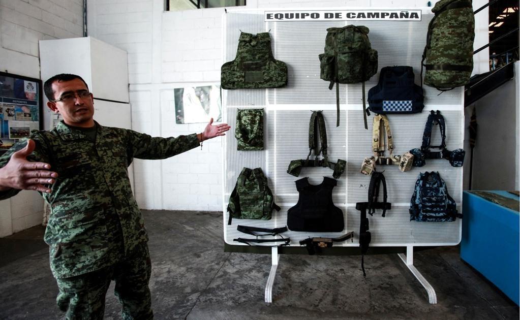 Los chalecos antibalas que fabrica el Ejército cumplen con los más altos estándares de calidad y se hacen en la Fábrica de Artículos de Campaña, en la CDMX.