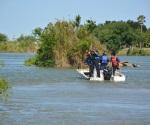 Al aumentar el número de ahogados en el río Bravo, ¿Debería prohibir se bañe la gente en el mismo?.