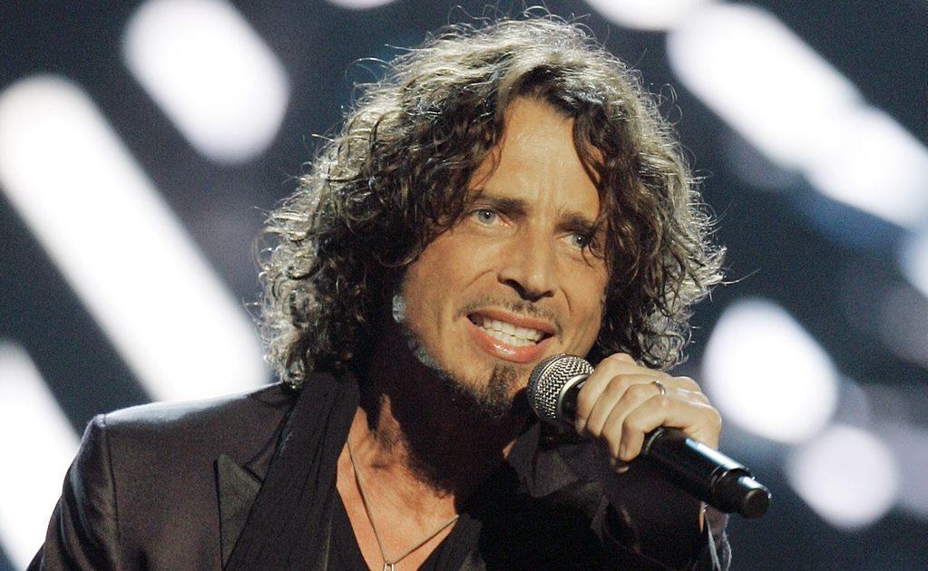 Con un potente rango vocal de casi cuatro octavas, Cornell fue una de las principales voces del movimiento grunge de la década de 1990 con Soundgarden, que surgió como una de las grandes bandas de la escena musical emergente de Seattle, junto a grupos com