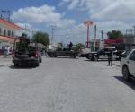Abaten a tres civiles armados; muere también víctima colateral