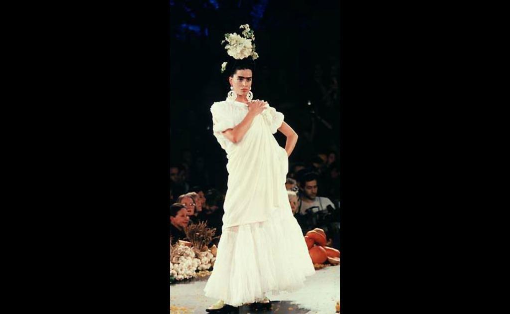Jean Paul Gaultier Primavera- verano 1998, cortesía de The Fashion Spot