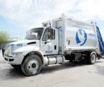 Llegan camiones de recolección de los desechos