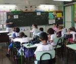 Con los cursos de verano para que los alumnos se pongan al corriente en matemáticas, español e inglés