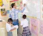 Esperan abatir rezago escolar