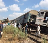 Choque de trenes deja 21 muertos en Egipto