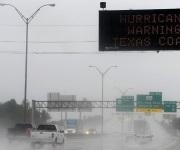 "Huracán ""Harvey"" tocó tierra con categoría 4 en Texas"