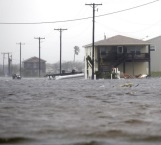 'Harvey' sigue azotando Texas por quinto día
