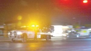 Abandonan camioneta tras ráfagas