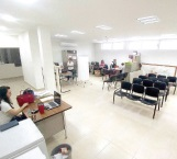 Peligrosa entrada al centro de salud
