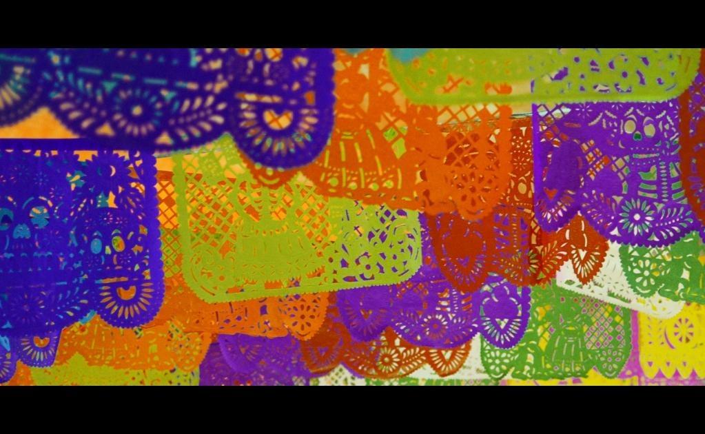 Los colores que se usan en el papel picado tienen un significado específico. (Foto: Jazbeck/Flickr)