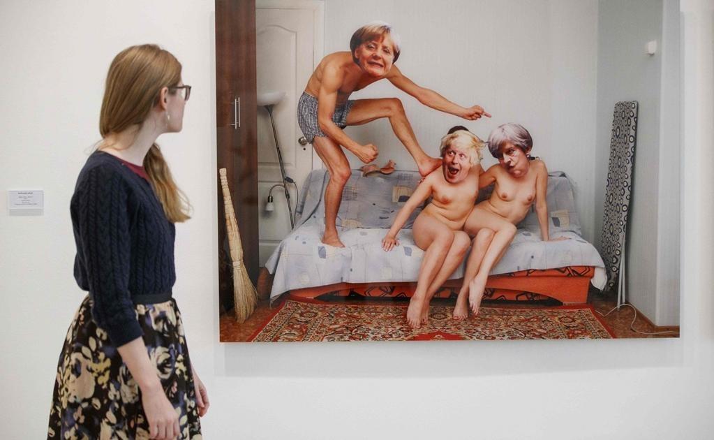 Artistas como el grupo de música Pussy Riot y el activista ruso Pyotr Pavlensky forman parte de la muestra Arte de protesta; activismo post-soviético que se exhibe en la Saatchi Gallery de Londres. Foto: AFP / Tolga Akmen