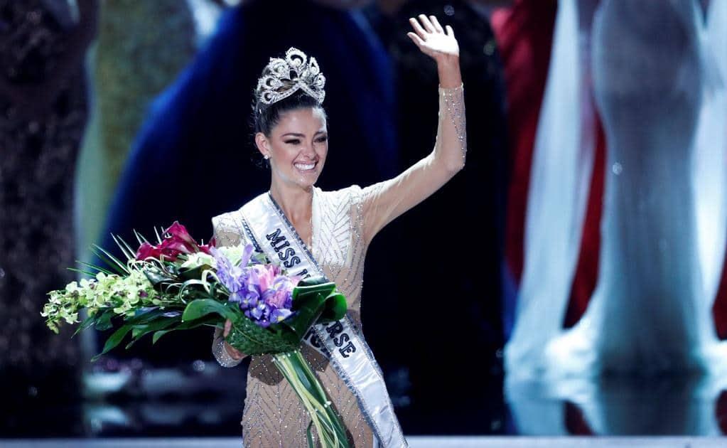 La sudafricana Demi-Leigh Nel-Peters fue coronada como Miss Universo 2017. FOTO: AP