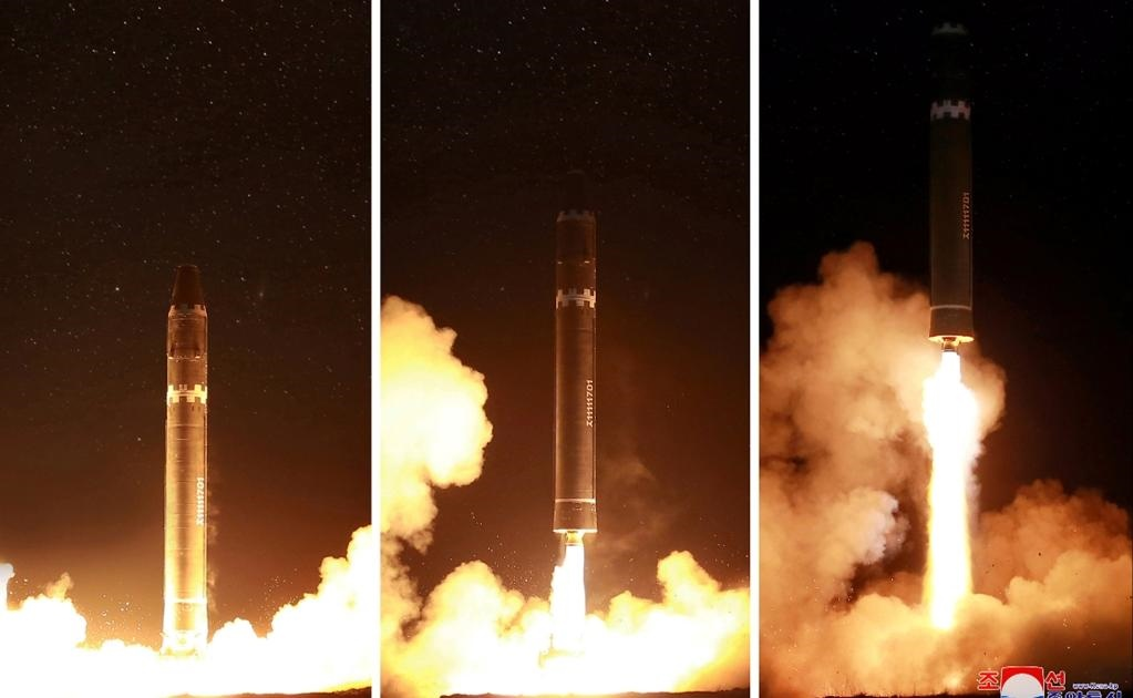 Corea del Norte anunció la víspera que su último proyectil lanzado es un nuevo modelo de misil intercontinental capaz de portar una cabeza atómica grande y alcanzar todo EU.