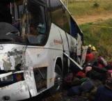 Chocan autobús con niños futbolistas en Jalisco; dos fallecidos