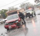 Racha de accidentes por asfalto mojado