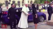 Saludan miles de chilenos al Papa Francisco