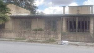 Abandonan residencias