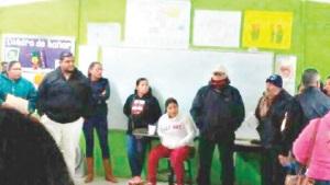 Esperan solución a la falta de maestros