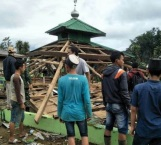 Sismo en Indonesia deja heridos y dañadas