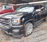 Aseguran camioneta con reporte de robo en San Fernando