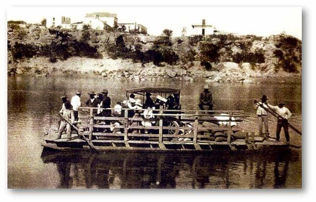 Festejar N Aniversario Del Puente Colgante La Tarde