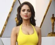 Eiza González, la chica del vestido amarillo que impactó en los Oscar