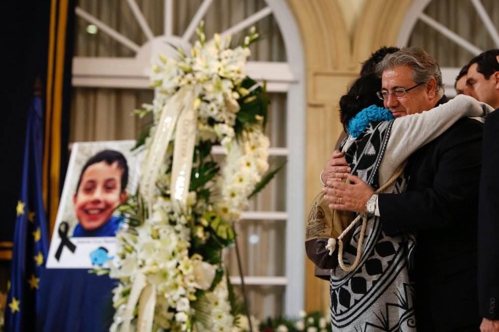 Patricia Ramírez y Juan Ignacio Zoido durante la Capilla Ardiente de Gabriel Cruz.