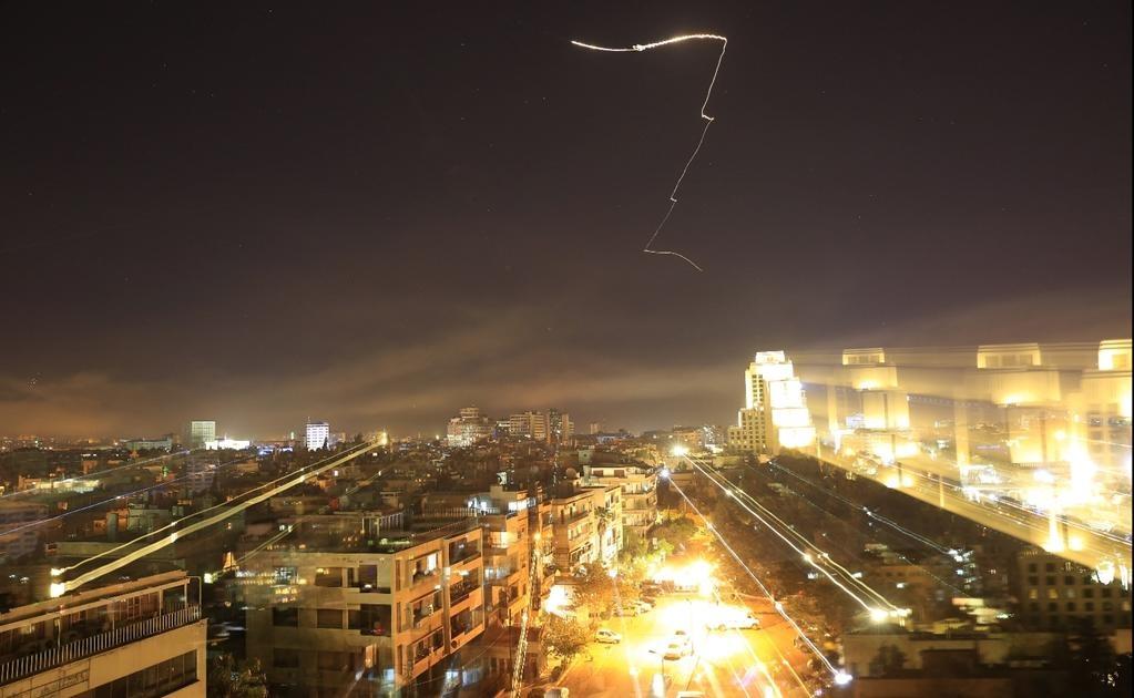 El ataque ocurrió el sábado, y sabemos que fue un ataque químico, dijo la portavoz Heather Nauert, quien al ser consultada sobre si el gobierno estadounidense tenía pruebas de que el gobierno de Bashar al Asad estaba por detrás del episodio se limitó a