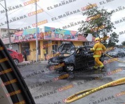 Choca y arde a medio bulevar Hidalgo
