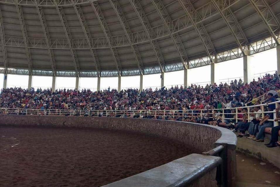 ENTRADÓN. El Lienzo Charro Los Tamaulipecos estuvo completamente lleno.