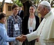 Papa honra a sacerdote que desafió egoísmo y hostilidad eclesiástica