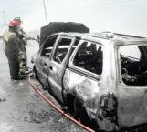 Arde Caravan en la carretera