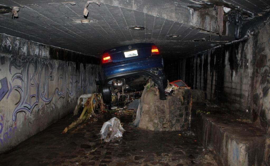 También se suspendió el servicio de la Línea 1 del tren ligero debido a una inundación (Foto: Jorge Alberto Mendoza / EL UNIVERSAL)