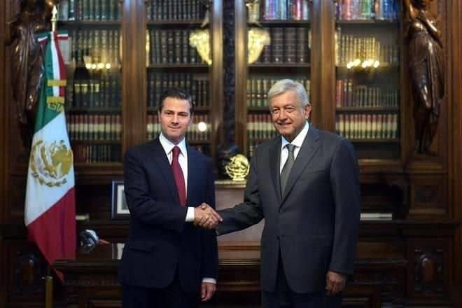 El virtual ganador de la elección presidencial, Andrés Manuel López Obrador, ingresó a Palacio Nacional para reunirse con el Presidente Enrique Peña Nieto.