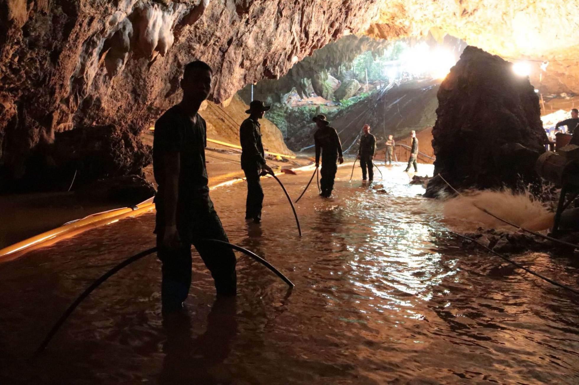 Trabajos de rescate en el interior de la cueva de Tham Luang, el 7 de julio de 2018.