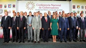 Apoyan gobernadores la descentralización