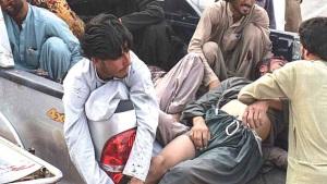 Matan a 128 durante mitin en Pakistán