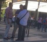 Escoltas de Angélica Rivera retienen a periodista en París