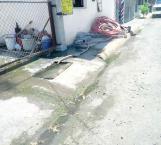 Abandona Comapa mangueras y cosas de limpieza en El Anhelo