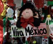 Fábrica Adornos México llaman la atención de aquel que pasa por aquí, asegura artesana