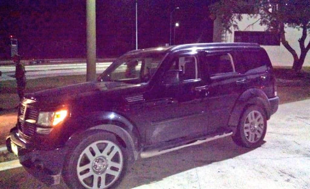 EFECTIVO. En la camioneta la pareja se conducía a Matamoros donde entregarían los 250 mil pesos en efectivo.