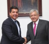 Presenta AMLO a gobernadores su plan fronterizo