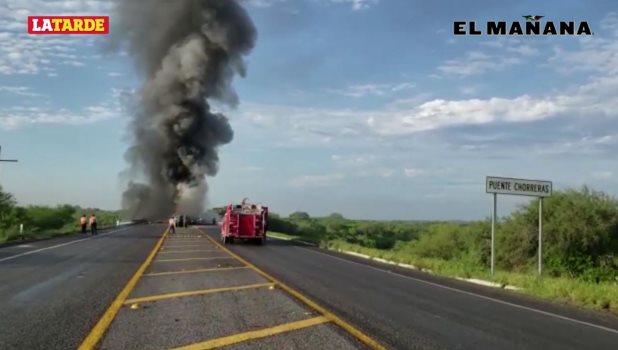 Incendio de pipa de titsa provoca cierre en carretera Victoria - Matamoros