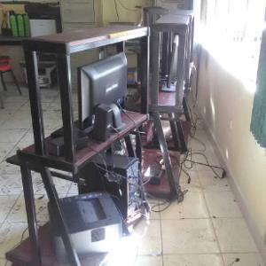 Conato de incendio alarma en escuela