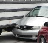 Urge semáforo en entronque peligroso de la brecha 112