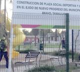 Intensifican la marcha en construcción de una plaza