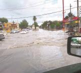 Se inunda El Mil Cumbres con torrencial aguacero