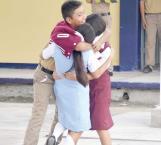 Sigue discriminación en algunas escuelas contra los alumnos
